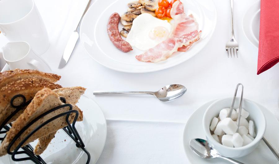 breakfast-guest-house